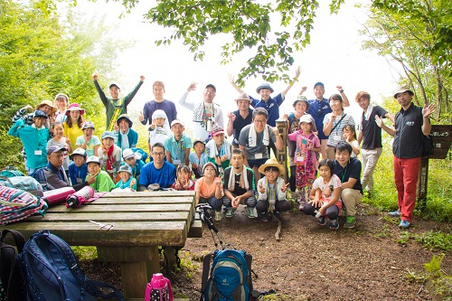 キャンプ頂上集合写真石川小